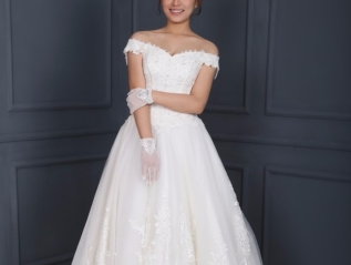 WG002 – A Line Wedding Dress