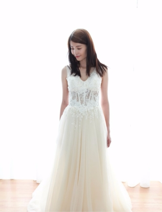 Fairy Chiffon A-line Wedding Dress With See-through Lace