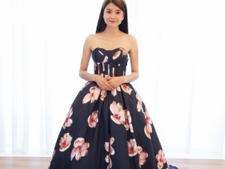 Floral Sweetheart Neckline Evening Gown