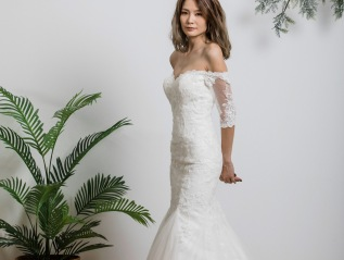 Half Sleeve Tulle Lace Wedding Dress
