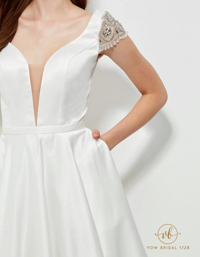 Rent that white weddingdress